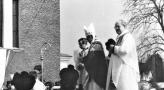 Poświęcenie dzwonów Parafia Piotra i Pawła 1986 (1).jpg